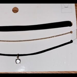 Choker And Gold necklace set lot new